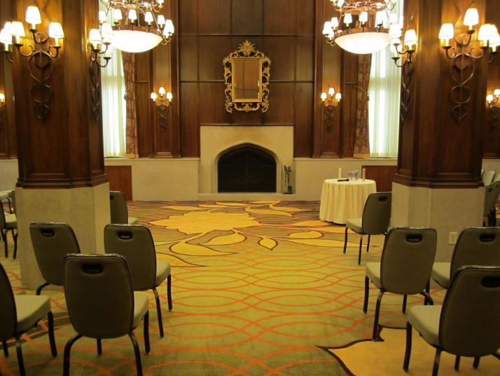 Kahler Grand Hotel, Elizabethan Room
